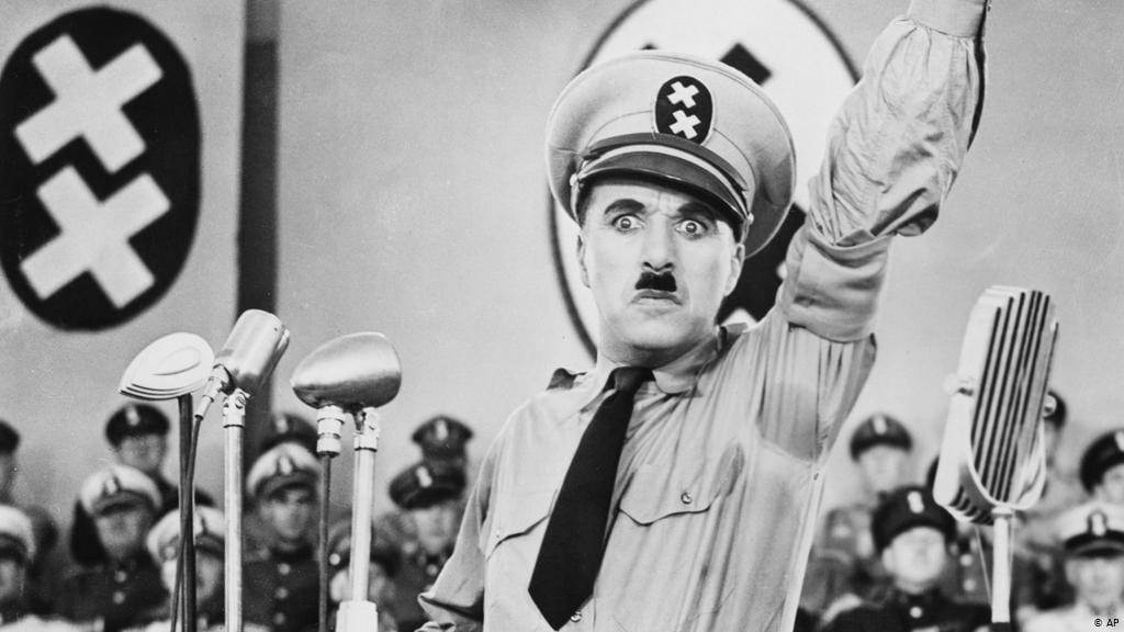 Филмови на Чарли Чаплин под отворено небо
